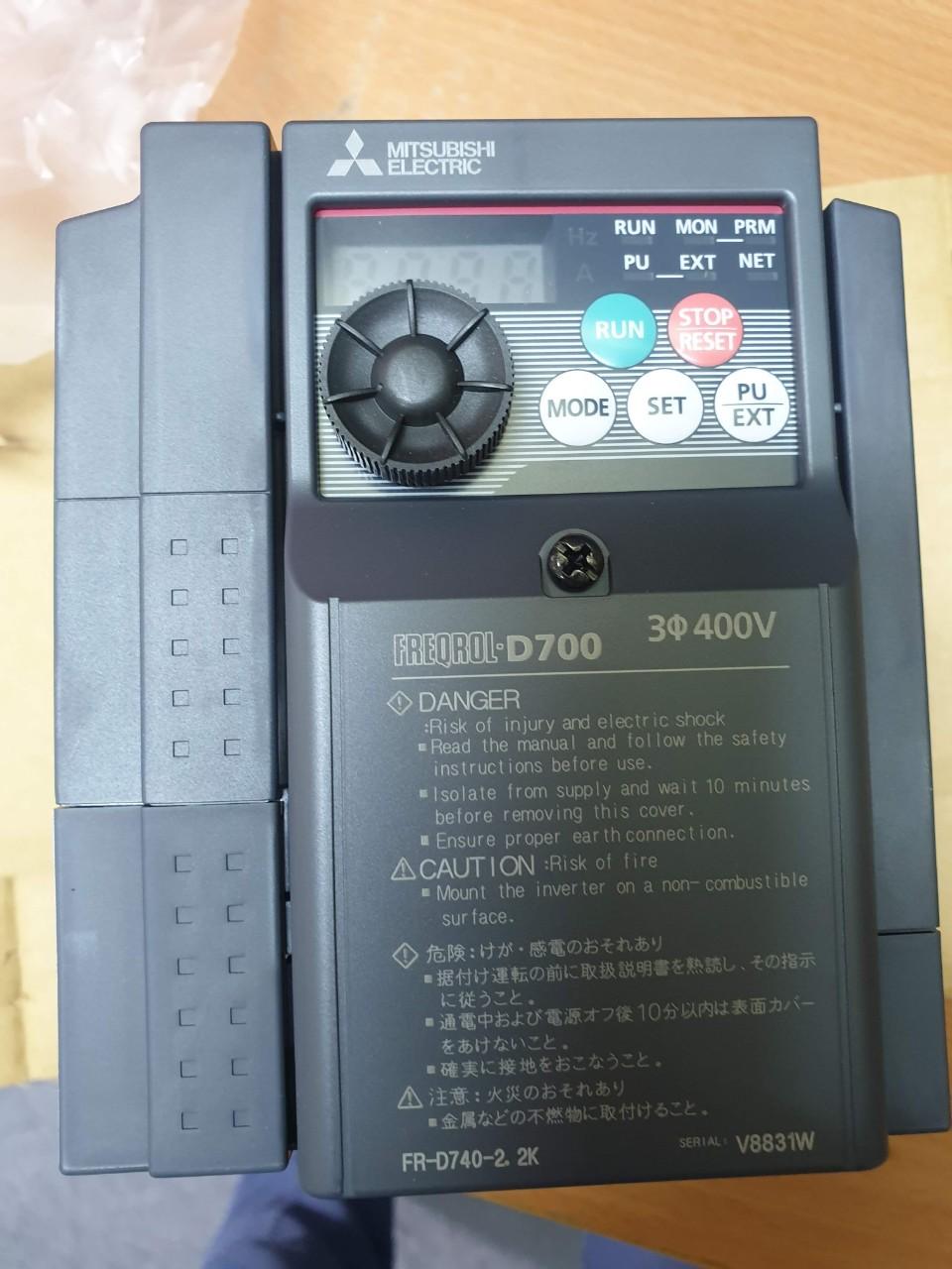 BIẾN TẦN FR-D740-2.2K